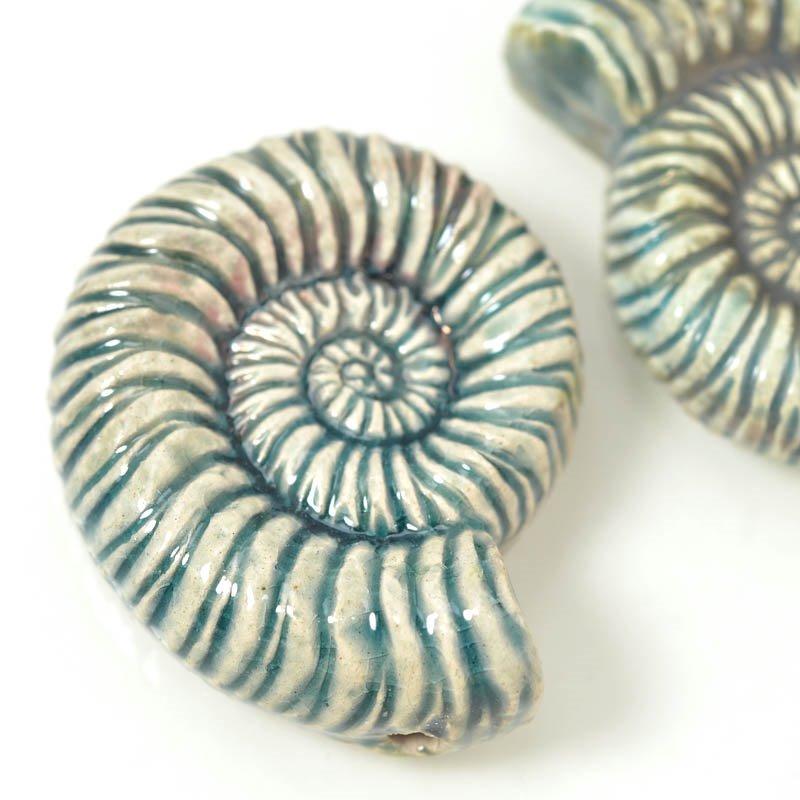 s54936 Ceramic Pendant - Nautilus Shell - Raku