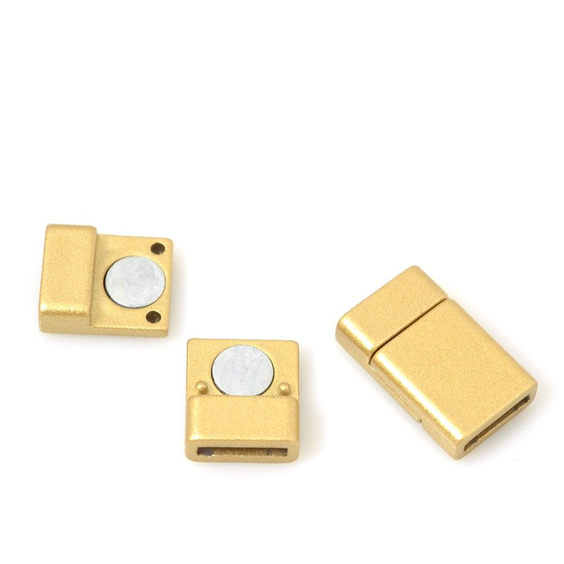 s55549 Findings - 10 mm Flat Leather Band - Acrylic Magnetic Clasp - Matte Gold