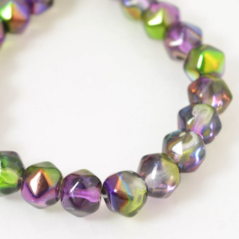 s56165 Glass Beads - 10 mm Antique Styled English-Cut - Magic Lilac (strand 25)