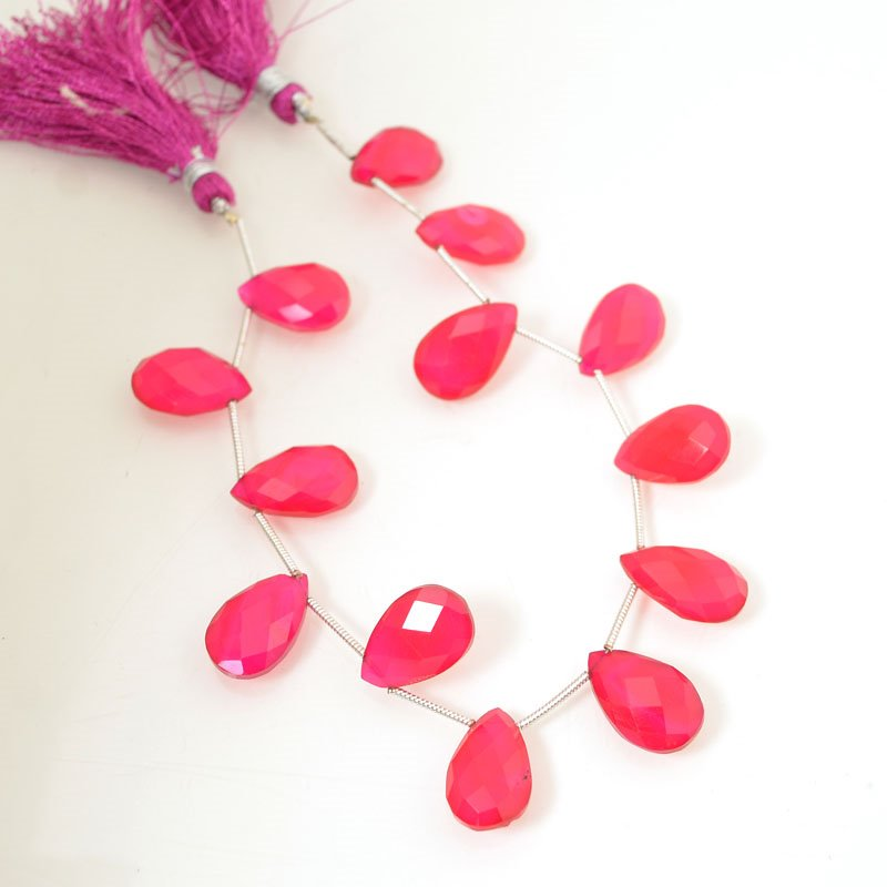s56383 Stone Beads OOAK - 10 x 15 mm Faceted Pear Drops - Intense Pink Chalcedony (strand)