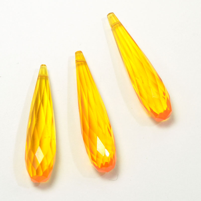 s56401 Stone Beads - Faceted Briolette Drops - Canary Hydroquartz (strand)