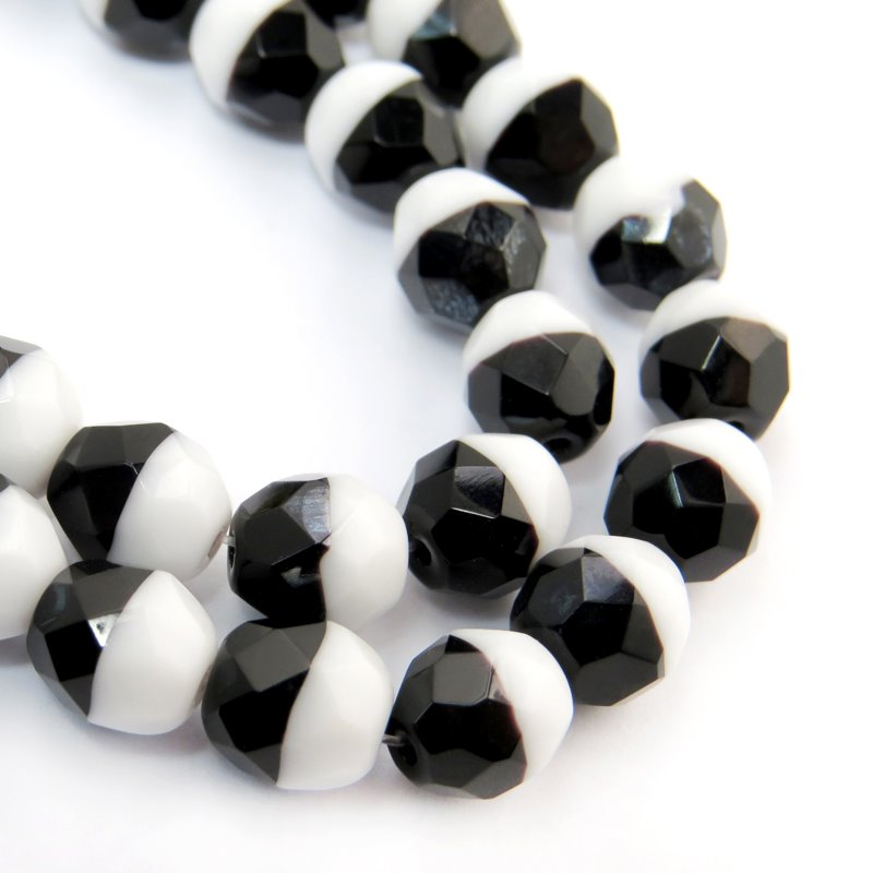 s56430 Firepolish - 8 mm Faceted Round - Duet Black/White (Strand 20)