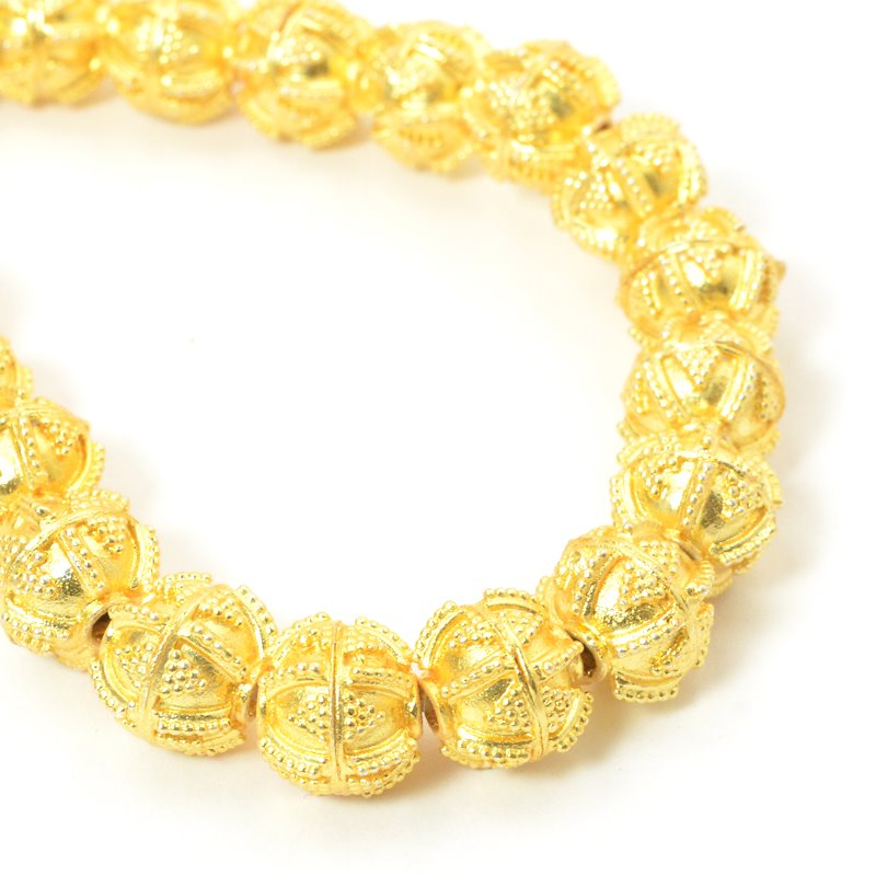s57453 Metal Bead - Etruscan Round - Bright Gold Plated (strand)