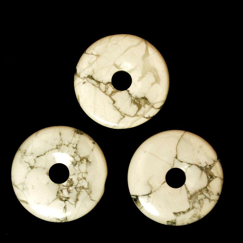 s57765 Stone - 40 mm Donut Pendant - White Howlite