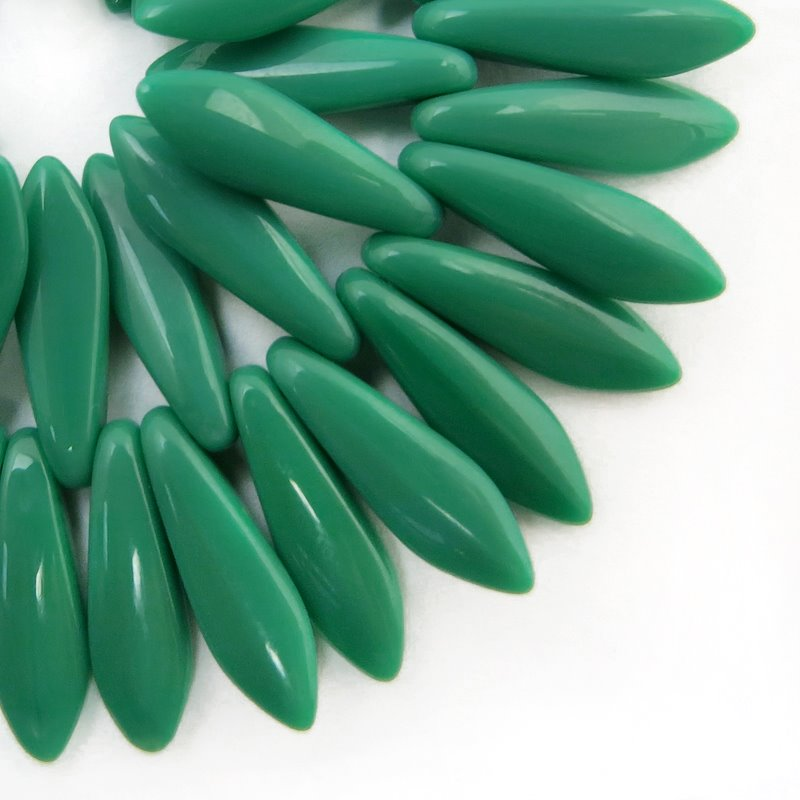 s58739 Glass Daggers - 5 x 15 mm Dagger Beads - Jungle Jane (50)