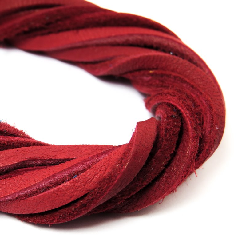 s59052 Leather - 3 mm Leather Strip - Ruby