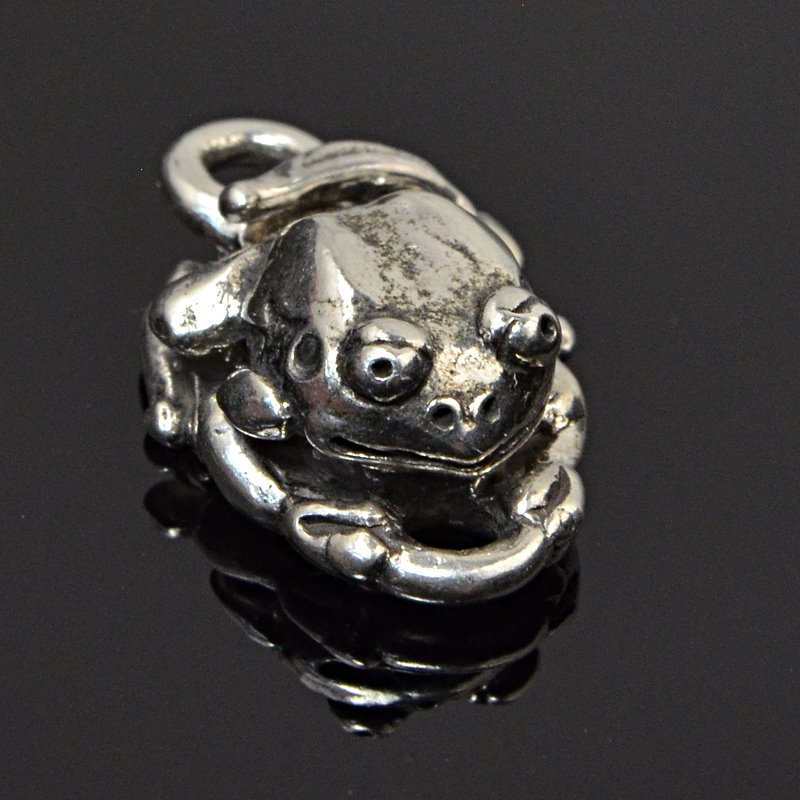 s59294 Findings - Clasps - Froggy - Sterling Silver