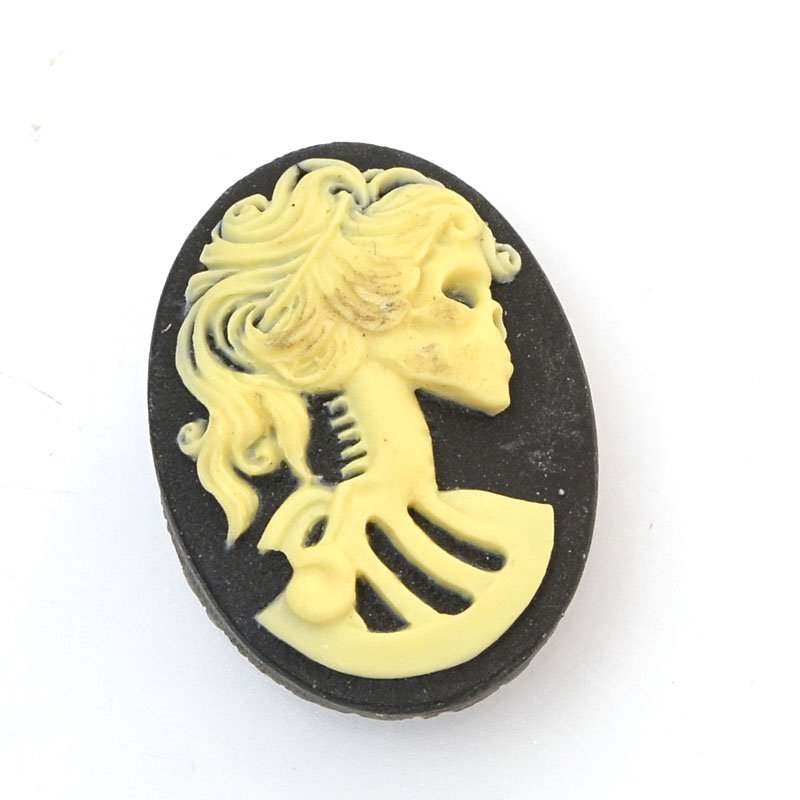 s60391 Resin Cameo Cabochon - 18 x 25 mm Skeleton Girl - Bone / Black