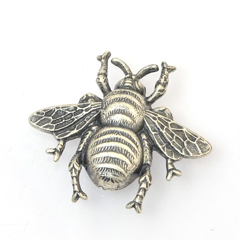 s60396 Metal Plaque - 28 x 30 mm Bee - Antiqued Silver