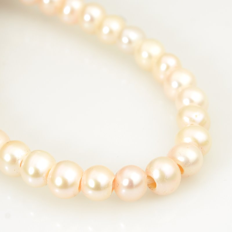 s62629 Freshwater Pearls - 7.5mm Near Round Pearl - Big Hole - Creamrose (strand)