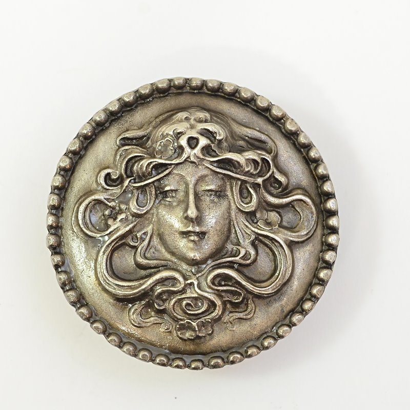 s62675 Metal Pendant -  Lady with Flowing Hair - Antiqued Silver