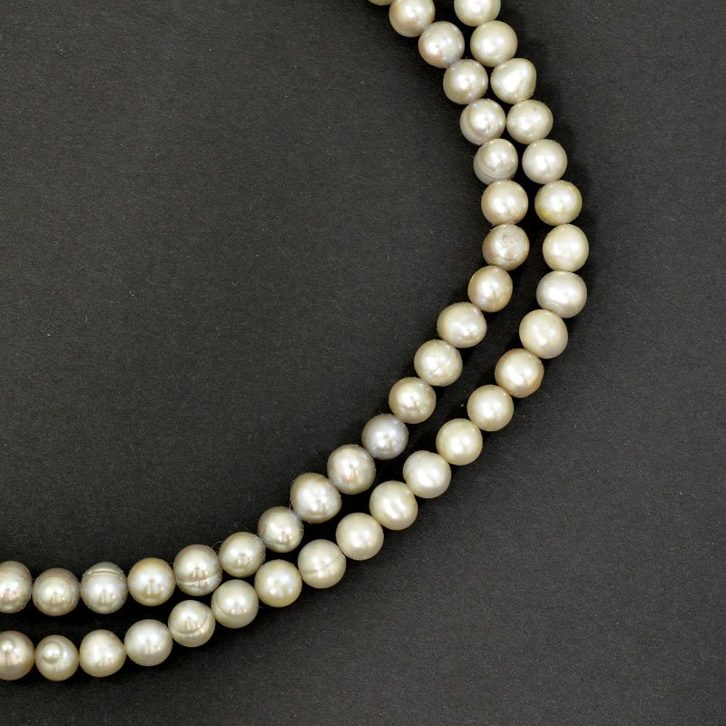 s62745 Freshwater Pearls - 6mm Near Round Pearl - Light Platinum Pearl (strand)