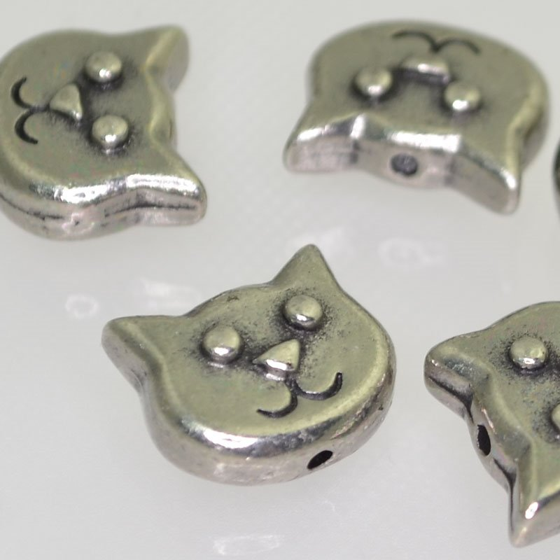 tc94-5557-40 Metal Beads -  Happy Cat Face - Antiqued Pewter (1)