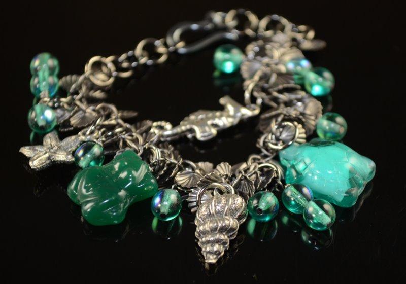 Inspiration Monday: She Sells Seashells – Charm Bracelet