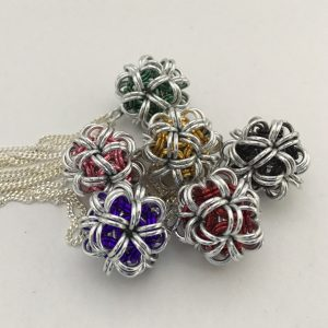japanese-chainmaille-ball_group