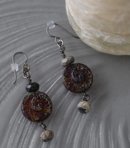 fossil-earrings-122816-desaulniers-anne-marie