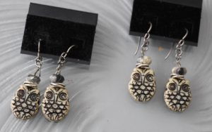 owl-earrings-122816-desaulniers-anne-marie