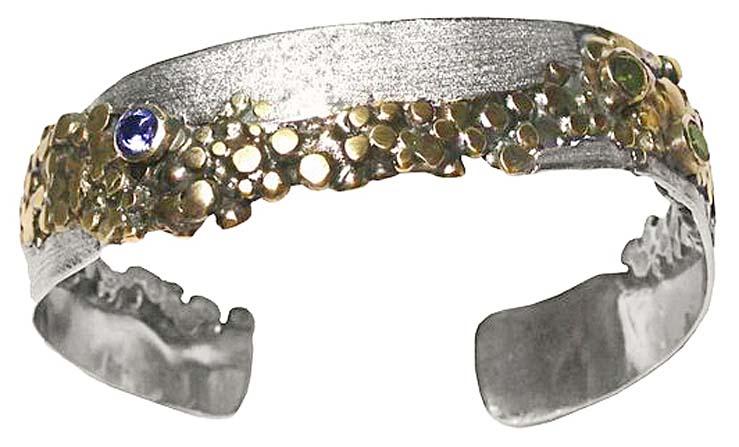 pebble-cuff-700w