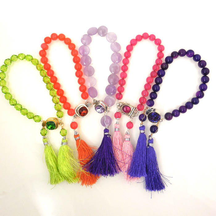 InspirationFX: The Sassy Tassel Bracelet