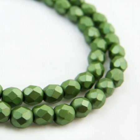 Firepolish - 4mm Faceted Round - Pearl Pastel Sage Green (strand 45)