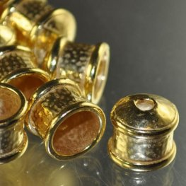 Findings - Cup Cap - 12mm Hammered End Cap - Bright Goldtone
