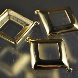 Findings - Stone Mount - 20mm Square Donut (4439) - 2 Ring - Gold Plated
