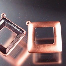 Findings - Stone Mount - 20mm Square Donut (4439) - 1 Ring - Brushed Copper