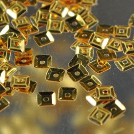 Vintage - Cupped Square Sequins - Gold (3 grams)