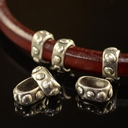 Beads - Regaliz - Studded Band - Antiqued Silver