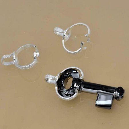 Findings - Bail - Large Swarovski Key Bail - Sterling