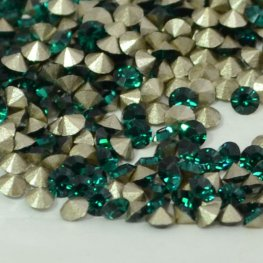 Swarovski - Rhinestones - pp17 Chaton (Article 1028) (Foiled) - Emerald (1 gram)