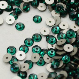 Swarovski - Sew-on Stone - 4mm Flat Round (3128) - Emerald (72)
