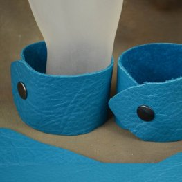 Leather Bracelet - Small / Medium - Wide - Turquoise Blue