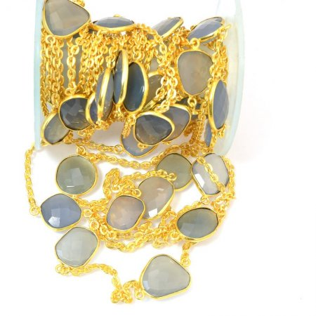 Gemstone Chain - Mounted Faceted Stone - Fog Grey Chalcedony / Gold Plated (foot)