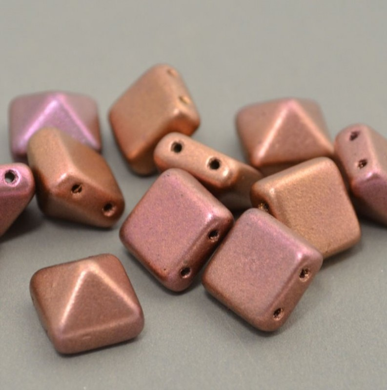 Glass Beads - 12mm Pyramid Studs - Light Silky Gold Iris (6) Manager Special