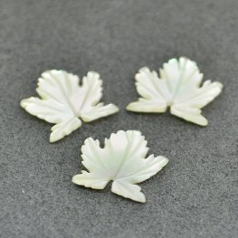 Mother of Pearl - 12mm Maple Leaf - Cream (2)