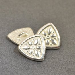 Metal Buttons - Flower Shield - Bright Silver
