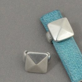 Beads - 5mm Flat Leather - Square Stud - Antiqued Silver (5)