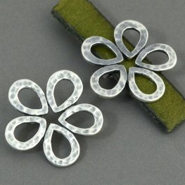 Beads - 10mm Flat Leather - Hammered Flower - Antiqued Silver