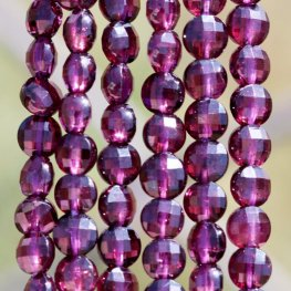 Stone Beads - 4mm Diamond Cut Faceted Coin - Purple Garnet (strand)