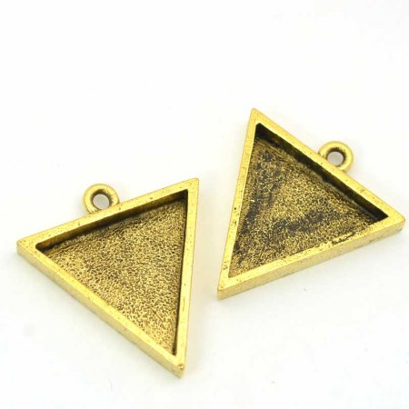 Resin Bezel Tray - Large Triangle Pendant - Antique Gold