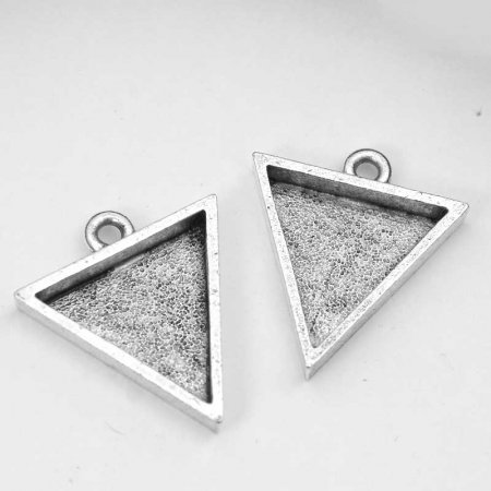 Resin Bezel Tray - Small Triangle Pendant - Antiqued Silver