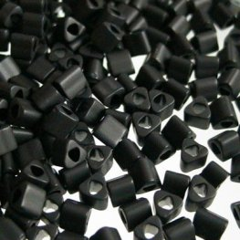Japanese Seedbeads - 8/0 Toho Triangles - Matte Black