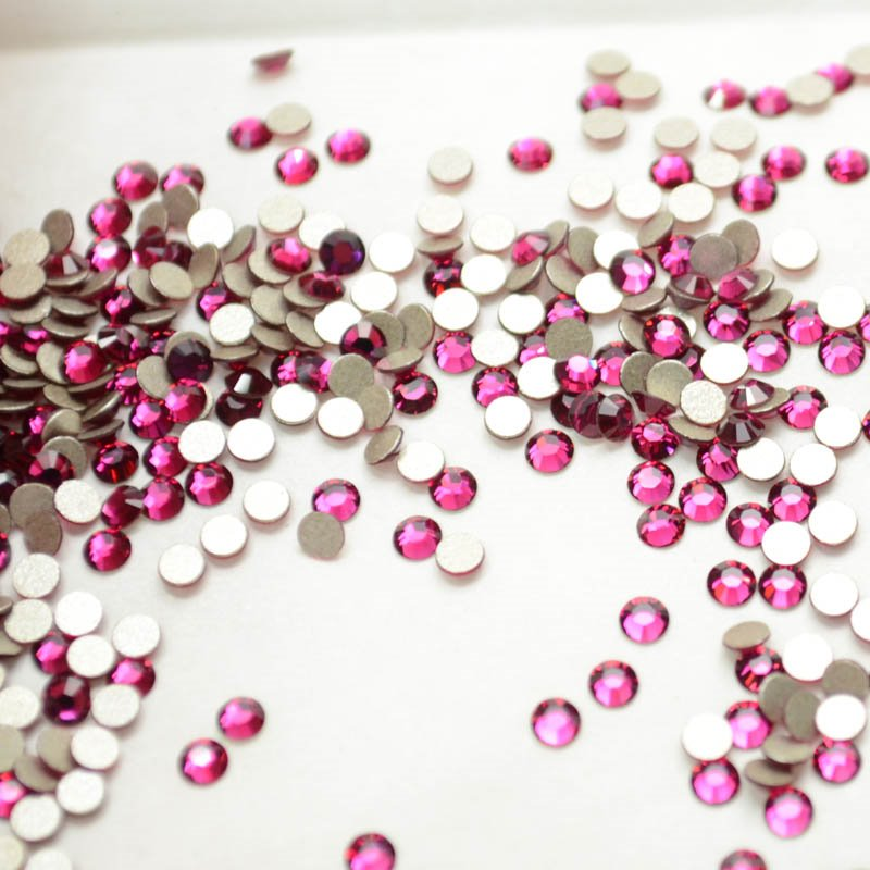 Swarovski Rhinestones - ss8 Xilion Rose (2028) - Ruby (144) Manager Special