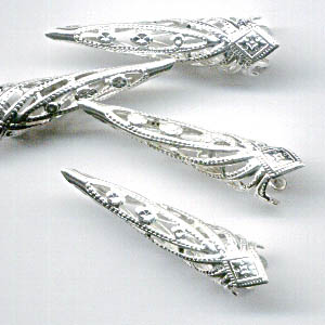 Cone Thin Filigree 28mm - Silvertone