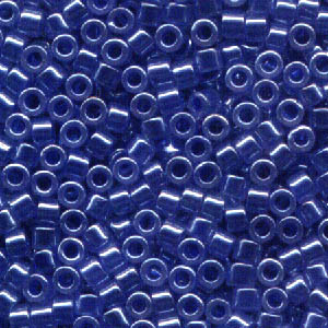 Delicas - 11/0 Japanese Cylinders - Lined Crystal/Medium Blue Lustre (250 g)