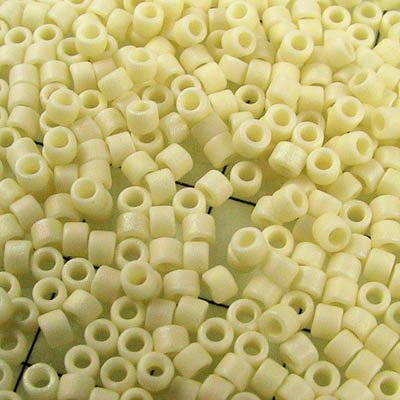 Delicas - 11/0 Japanese Cylinders - Matte Opaque Cream (250 g)