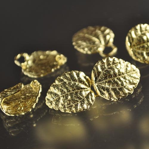 Hook and Eye Clasp - Crinkle Leaf - Vermeil