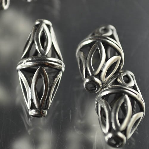 Metal Beads - 22mm Echinacea Bicone - Antiqued Silver Manager Special
