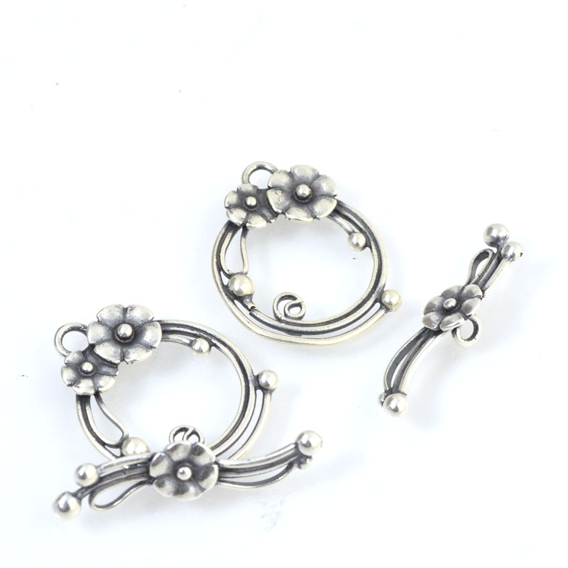 Toggle Clasp - Nosy Posy - Antiqued Silver